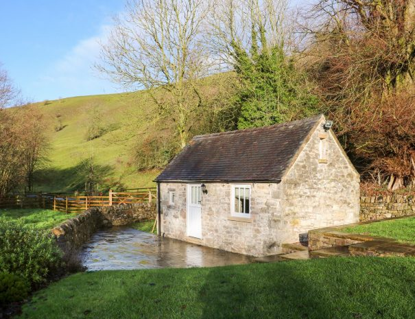 River Lodge 1