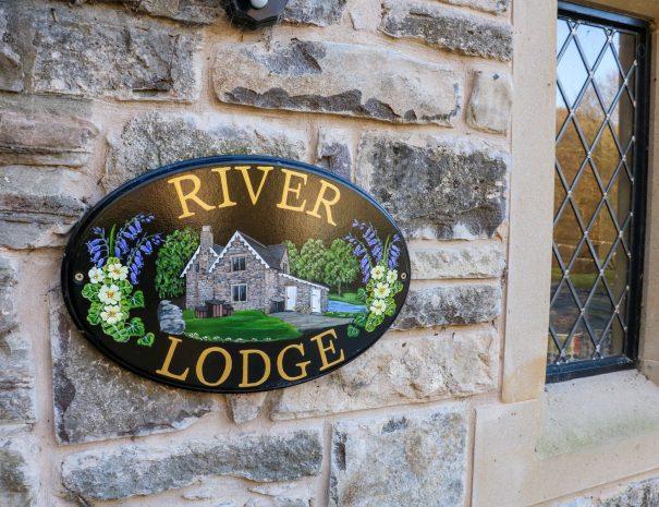 River Lodge 9